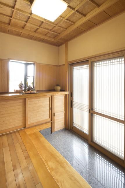 天然木材をふんだに使用した家3