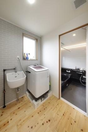 脱衣室・浴室